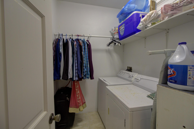 Apartment Laundry Room